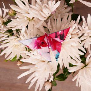 papillon Multicouleur sur Fleur